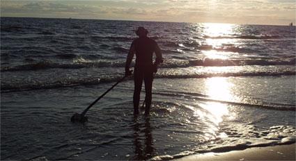Ring im Wasser verloren, Ringsuche an der Ostsee.